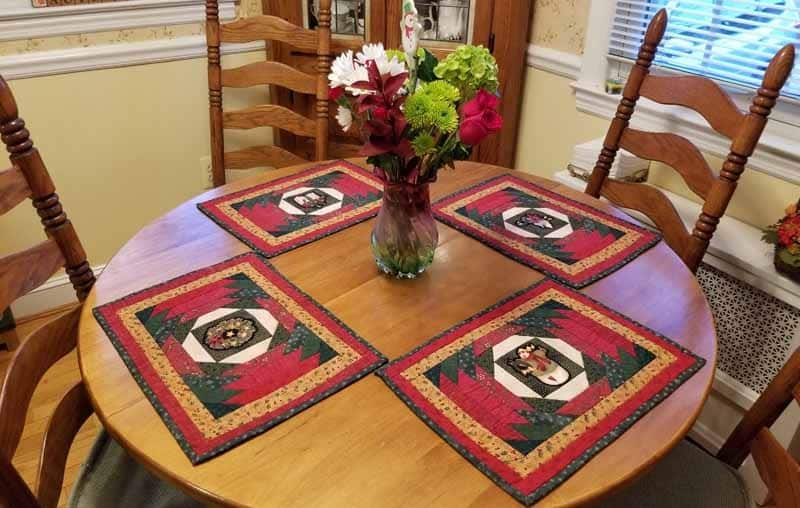 Mary-placemats-n-flowers